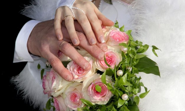 Tanie dekorowanie wesel